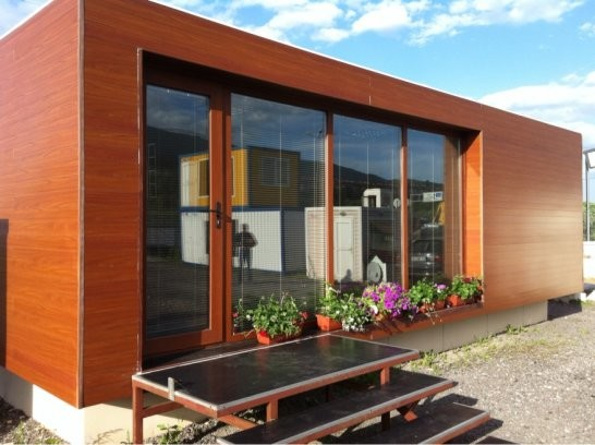 Containers space wood